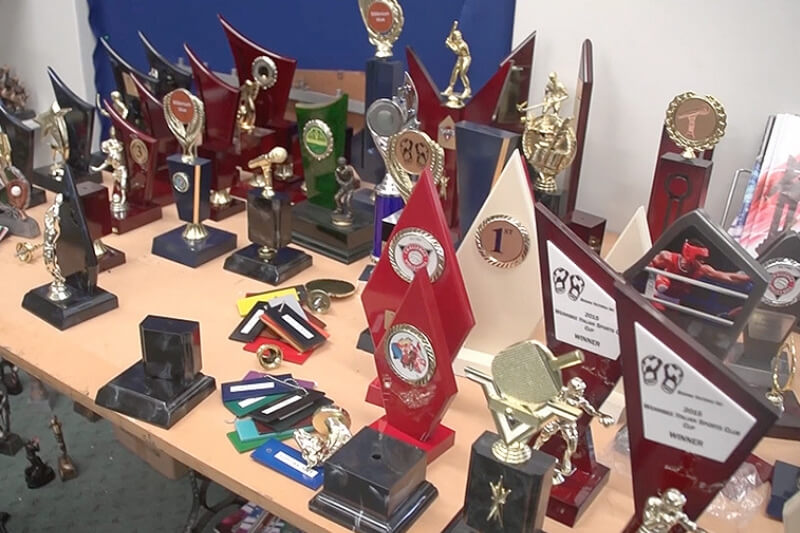 Ross from Sport Award Trophies uses Roland VersaUV LEF printers