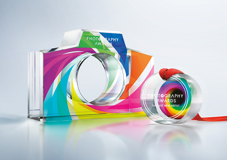 Combine engraving with UV printing to craft awards and trophies with incredible visual appeal