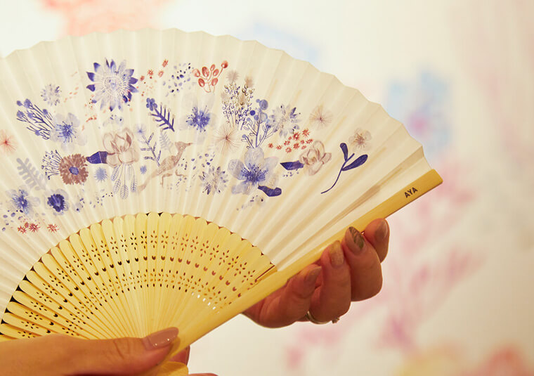 Customised folding fans printed with VersaUV LEF printers during multi-sensory Tokyo experience event.