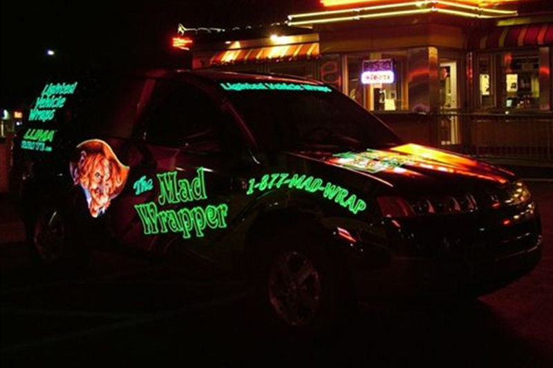2009 CorelDRAW Luma Brite Mad Wrapper Lighted Vehicle Wrap