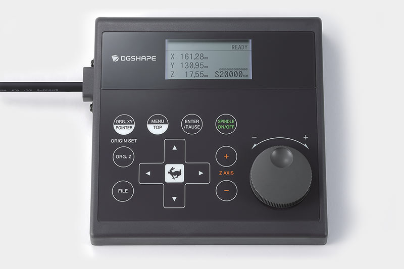Hand-held control for the DE-3 engraving device