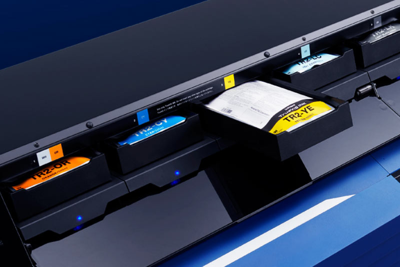 TrueVIS  VG2 Printer/Cutter with Inks