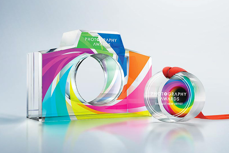 Glass award printed with VersaUV LEF2-200