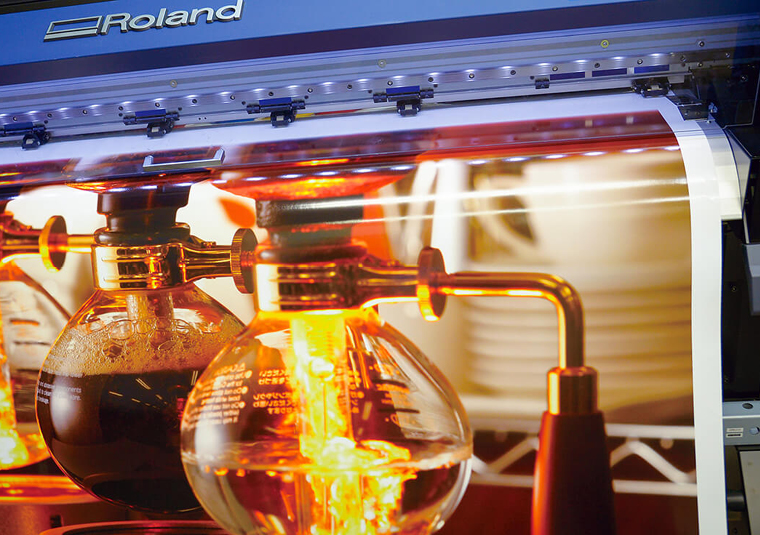 Print vibrant images using the orange ink capabilities of the Roland TrueVIS VG2 printer cutter