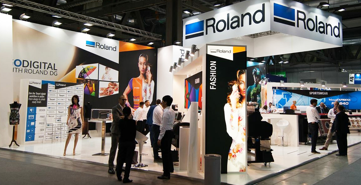 roland_dg_booth_at_itma_2015.jpg