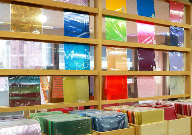 The showroom displays some 700 types of acrylic sheets which can be personalised using Roland UV print technology